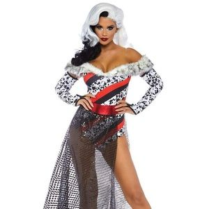 Cruella Deville Halloween Costume with Wig